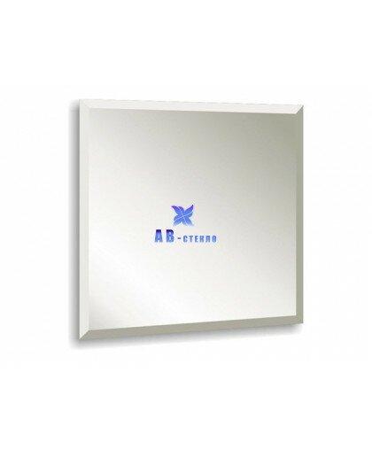 Зеркало с фацетом 15 мм 300х300